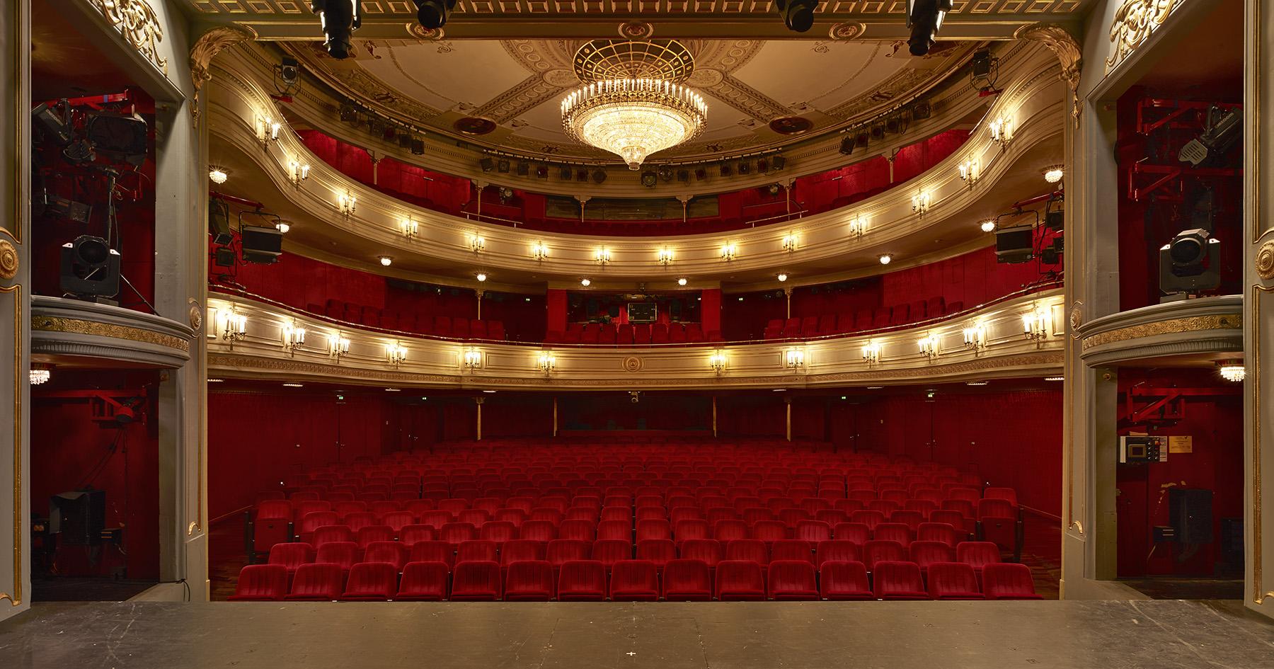 Deutsches Theater Klaus Roth